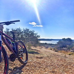 Biking tour Trogir countryside