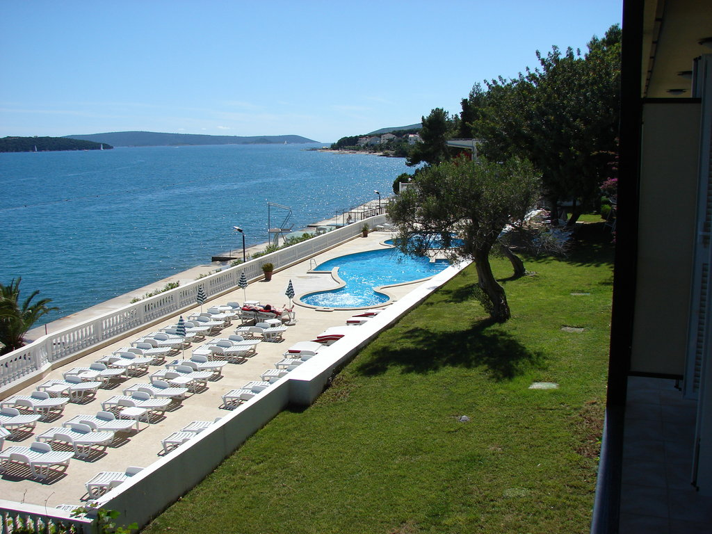 Hotels In Trogir With Swimming Pool