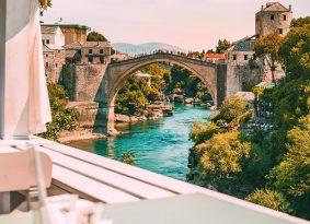 Nice-view-at-bridge-at-Mostar