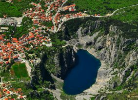 Red-and-Blue-Lake-on-Mostar-tour