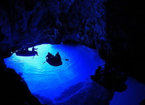 Private speedboat tour to Blue Cave from Trogir